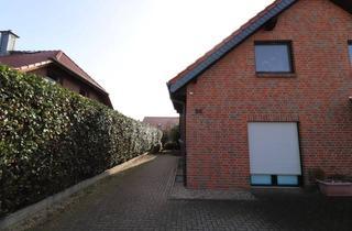 Wohnung mieten in Hauptstr. 41, 31249 Hohenhameln, Reihenend-/mittelhaus Mehrum, 4 Zimmer, Terrasse, Bj. 2009