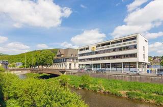 Büro zu mieten in Poststr., 35683 Dillenburg, Preiswert & effizient - Bürofläche mit Blick auf die Dill