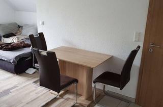 Wohnung mieten in Hauptstr. 123, 31234 Edemissen, Preiswerte OG-Wohnung in Mehrfamilienhaus, großer Balkon