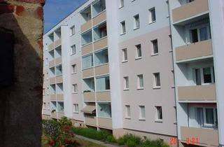 Wohnung mieten in Puschkinstr. 19, 17268 Boitzenburger Land, 3-Raum Wohnung mit Balkon