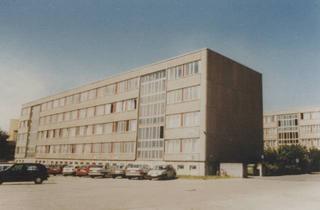 Gewerbeimmobilie kaufen in Stoltenhäger Straße 42, 18507 Grimmen, Bürohaus Vermietung und/oder Verkauf