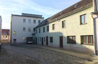 Wohnung mieten in Zeitzer Str. 10, 04523 Pegau, Zwei Zimmer Wohnung in Leipzig (Kreis), Pegau