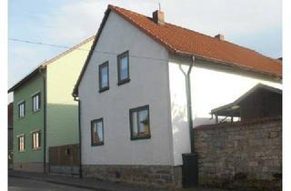Einfamilienhaus kaufen in 99310 Osthausen-Wülfershausen, Schönes Einfamilienhaus in ruhiger Lage in Osthausen zu verkaufen.