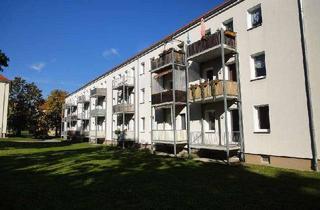 Wohnung mieten in Schillerstr., 04613 Lucka, 3-Zimmer-Wohnung mit Balkon, Dusche und Stellplatz