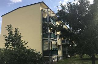 Wohnung mieten in Karl-Hawermannstraße 26- 30, 18299 Diekhof, Top renovierte 3-Raum-Wohnung mit Balkon und super tollem Ausblick plus 500 € Umzugskotenhilfe