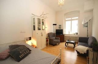 Wohnung mieten in Hüttenstraße, 40227 Düsseldorf, Altbau, Balkon, Wohnküche, sonnig, zentral, Fürstenplatz und Volksgarten fußläufig