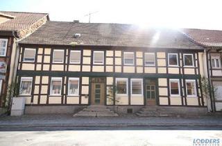 Haus kaufen in 38486 Apenburg-Winterfeld, Wohnen im Glanz der Jahrhundertwende Fachwerkhaus sucht Besitzer Hier fühlen Sie sich wohl!