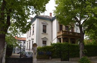 Wohnung kaufen in 55597 Wöllstein, Rarität : 4 – Zimmer Dachgeschoss – Wohnung in Jugendstil Villa !!