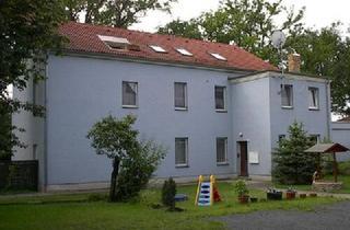Wohnung mieten in 02994 Bernsdorf, Schöne Wohnung mit Gartenmitnutzung, Alle Angebote