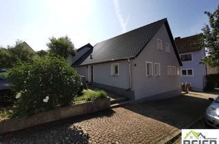 Doppelhaushälfte kaufen in 91611 Lehrberg, Zwei renovierte Doppelhaushälften mit sonnigem Garten
