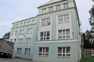 Gewerbeimmobilie mieten in Schillerstraße 25 a, 09217 Burgstädt, Große Gewerbeeinheit mit 11-Zimmern und Laminat in guter Lage!!! SP mgl.