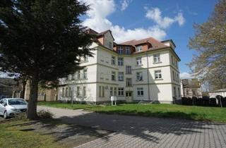 Wohnung mieten in Hagenberg 11, 07987 Mohlsdorf, Geräumige 2-Raum-Wohnung mit Altbaucharme
