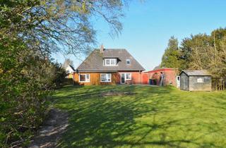 Einfamilienhaus kaufen in 25774 Hemme, Hier steckt Potential - Einfamilienhaus mit ELW und Blick auf Wiesen!